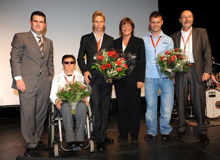 Ulla Schmidt voller Lob für Behindertensportler / Ministerin würdigt Athleten und deren Unterstützung durch die Apotheken