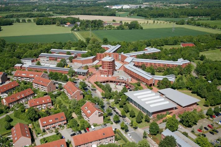 Feierstunde beim Zoll/ 30 Jahre Bildungs- und Wissenschaftszentrum in Münster