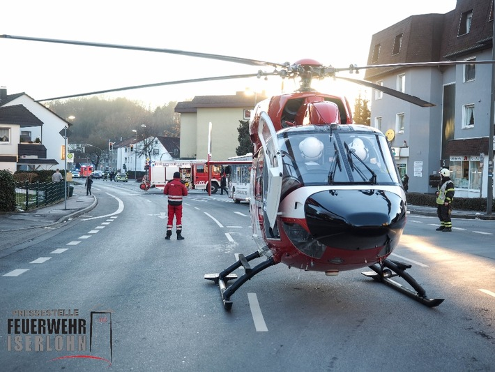 FW-MK: Schwerverletzte Person nach Verkehrsunfall