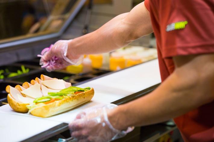 Erfolgsjahr 2015: Steigendes Ernährungsbewusstsein beflügelt SUBWAY