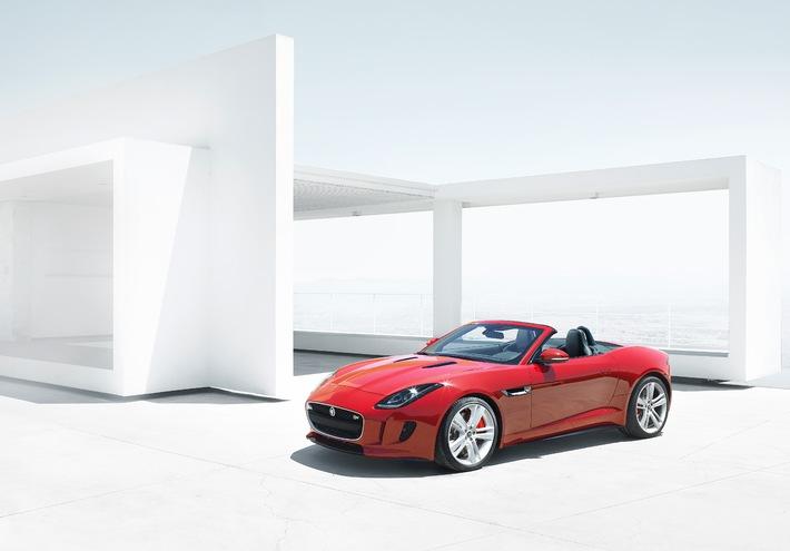 Zweisitziger Sportwagen mit Heckantrieb in Vollaluminium-Bauweise - JAGUAR F-TYPE: Schweizer Premiere in Genf (BILD)