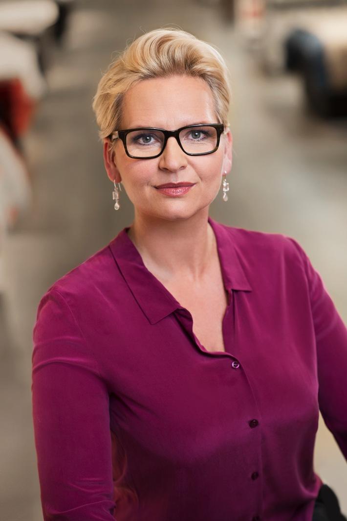 Karstadt Aufsichtsrat beruft Eva-Lotta Sjøstedt zum Chief Executive Officer / Karstadt dankt dem scheidenden CEO Andrew Jennings