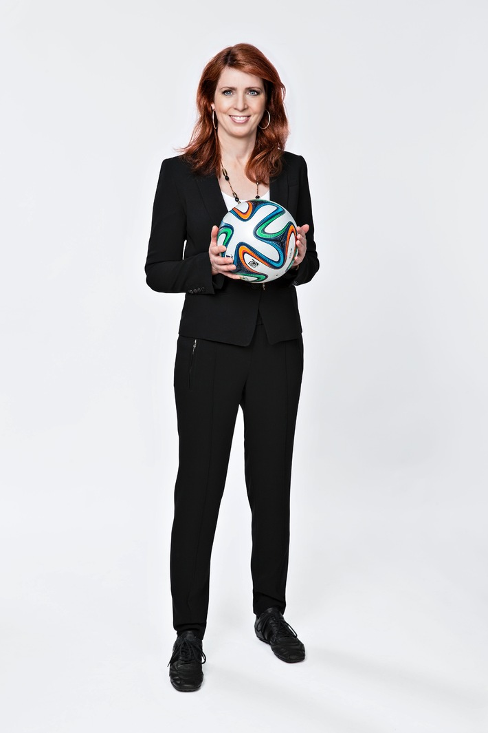 Exklusive Interviewreihe mit Monica Lierhaus zur FIFA Weltmeisterschaft auf Sky Sport News HD