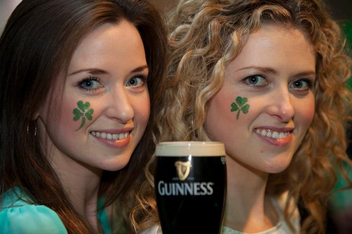 "St. Patrick's Day 2013: ""Paint the town black"" / Guinness macht Fans zum Hauptdarsteller (BILD)"