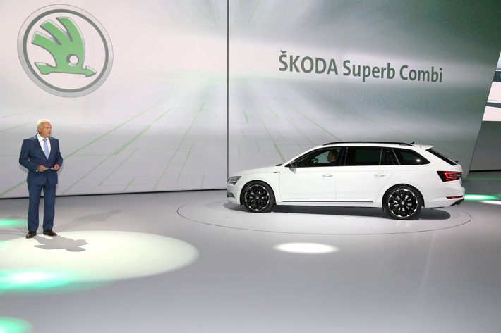 Jetzt wird's sportlich: SKODA Superb Combi SportLine feiert Debüt am Vorabend der IAA