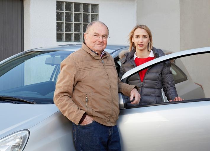 Beim ersten eigenen Auto sparen / Kfz-Versicherung für Fahranfänger - SF-Klasse übernehmen