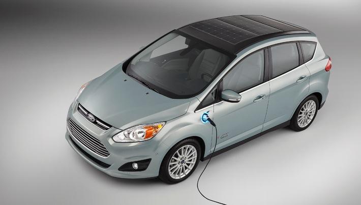 Consumer Electronics Show: Ford C-MAX Energi Solar Concept produziert Strom aus Sonnenenergie