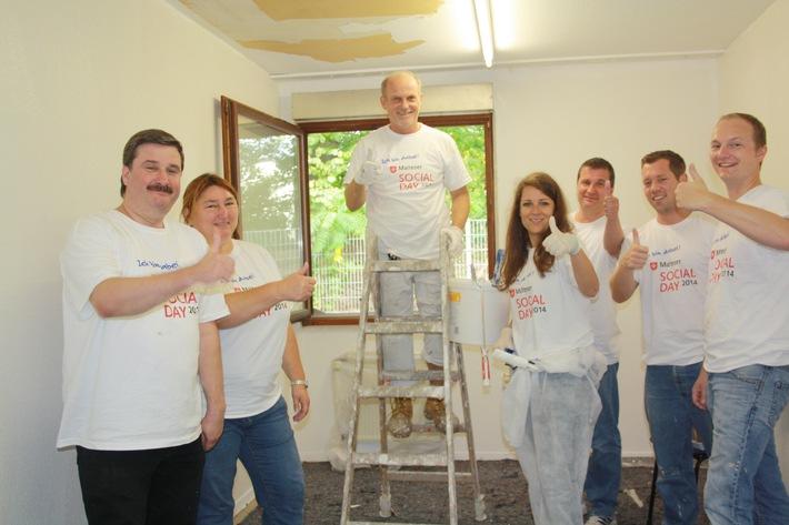 Sozialtag für Arbeitnehmer / Hilfe für Flüchtlinge, Demenzkranke und Kinder