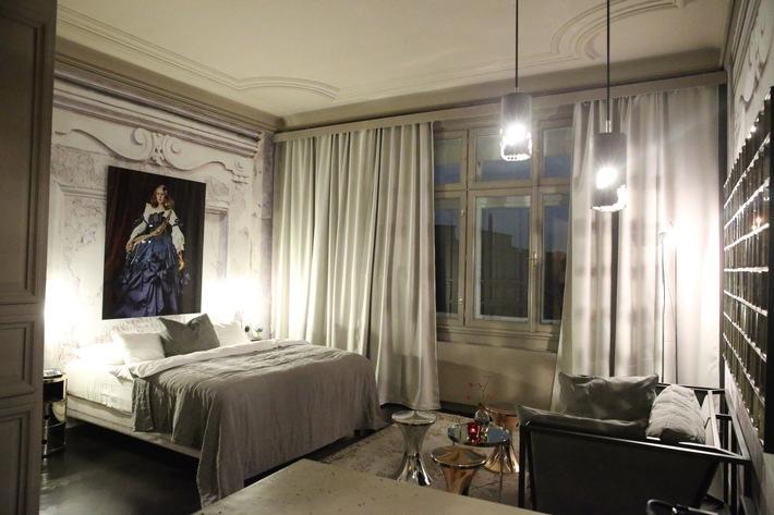 Andreas Lackner inszeniert neue Zimmer im Hotel Altstadt Vienna