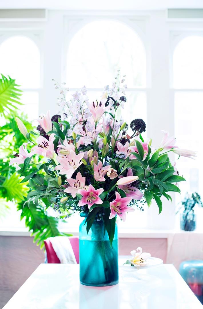Bedeutungsvolle Blütenschönheit / Gestatten, Ihre blumige Majestät die Lilie