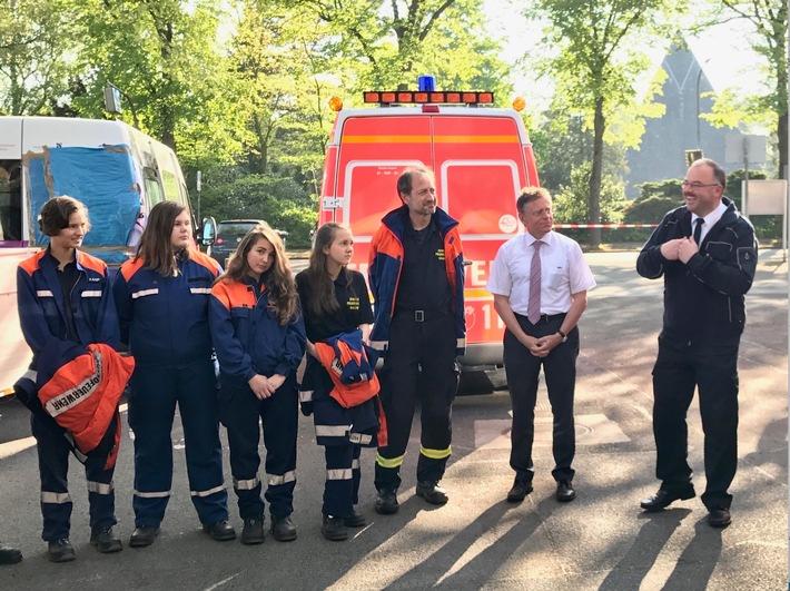 FW-NE: Rallye der Jugendfeuerwehren des Rhein-Kreis Neuss in Kaarst.