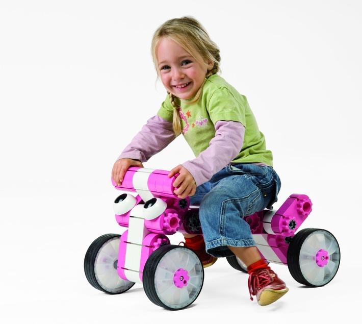 Das neue kiditec® »Multicar« Spielzeug gewinnt den Innovation Award 2009 in Köln