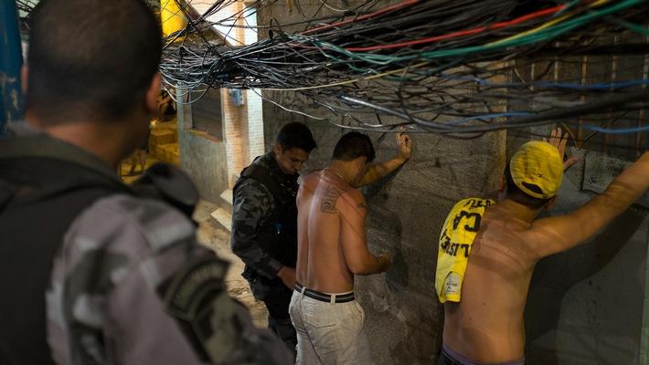 """""""Die VICE Reports"""": Die Pazifizierung von Rio - ein friedlicher Erfolg?"""