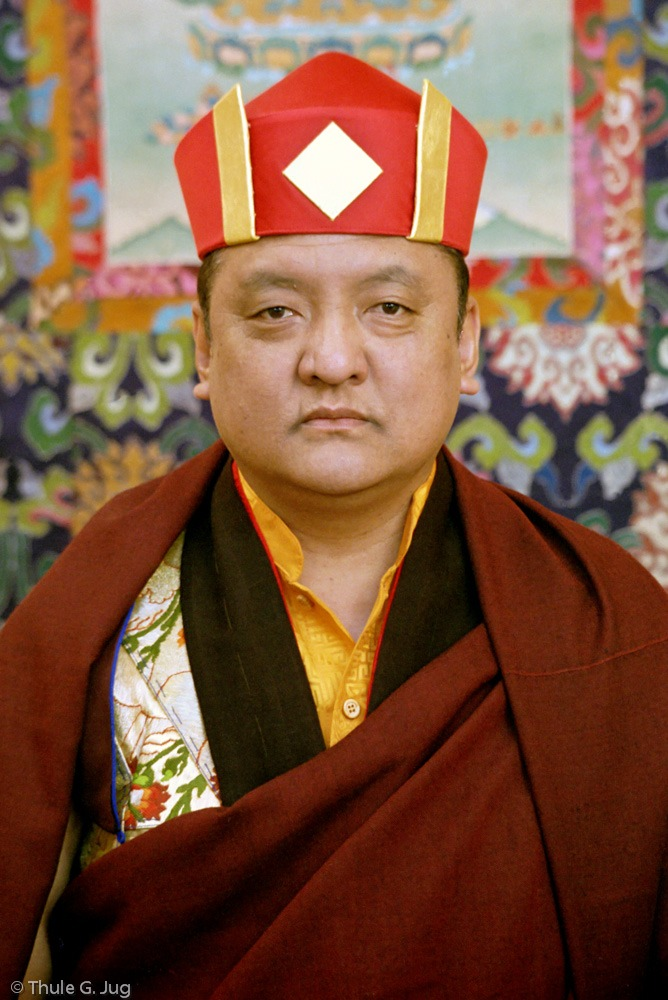 17. Karmapa nimmt in Deutschland Abschied von einem der bedeutendsten Lehrer des tibetischen Buddhismus