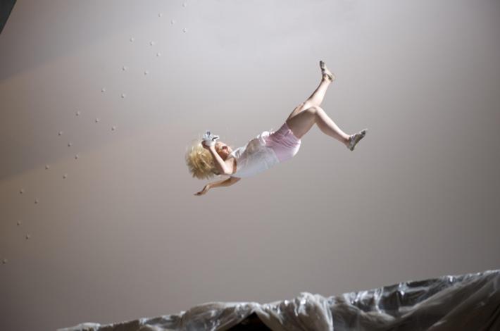 """Matthew Barneys """"Drawing Restraint 17"""": Amerikanische Uraufführung des vom Schaulager koproduzierten Films"""
