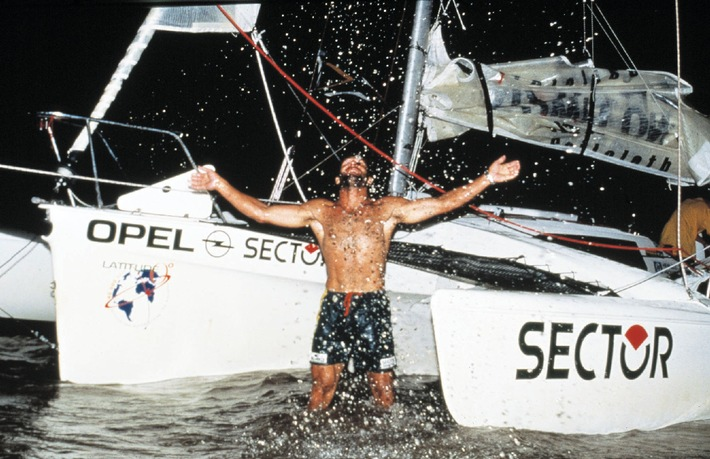 """Ce soir seront décernés à Monte Carlo les """"Oscars du Sport """" - et Mike Horn, suisse d'élection ayant accompli le tour du monde, sera de la partie"""