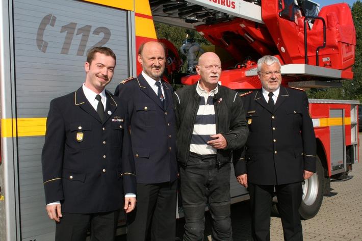 Dr. Peter Struck war mit der Feuerwehr vertraut / DFV und DJF würdigen Verdienste des verstorbenen Bundesministers a. D.
