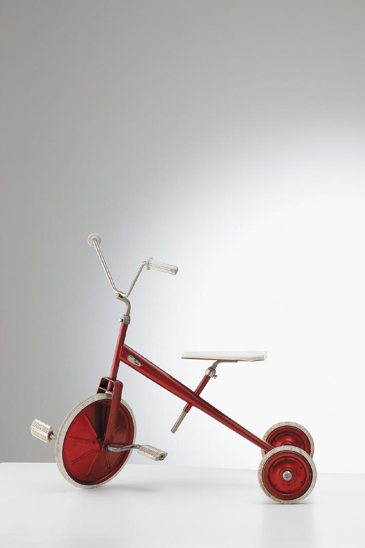 BSI présente L'empreinte du Made in Switzerland - Une collection d'objets exposés pour la première fois en Suisse regroupe le fleuron du Made in Switzerland, synonyme de qualité, précision et solidité