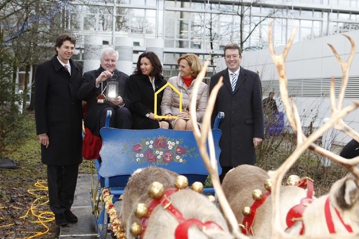 Ministerpräsident Seehofer eröffnet Ronald McDonald Haus