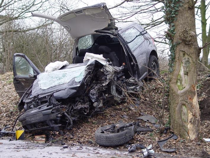 FW-E: Tragischer Verkehrsunfall in Heidhausen
