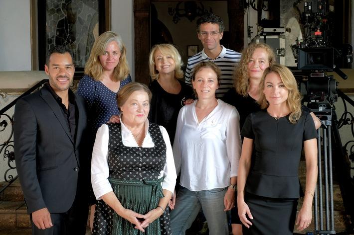 Drehstart für den ZDF-Zweiteiler BIER ROYAL: Gisela Schneeberger, Lisa Maria Potthoff, Ulrike Kriener und Marianne Sägebrecht in einer Familien-Komödie um das liebste Getränk der Deutschen