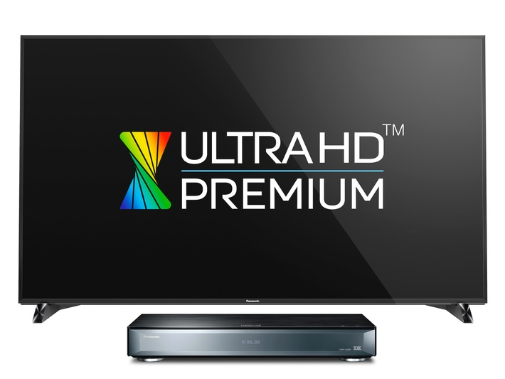 Panasonic auf der IFA: Perfekte Technik für lange Abende im Heimkino / Der Ultra HD Premium TV DXW904 und der UHD Blu-ray Player UB900 von Panasonic bringen die Fachwelt zum Staunen