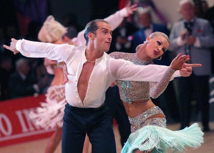 Innsbruck: WM in Lateinamerikanischen Tänzen - Jede(r) wird zum Dancing Star