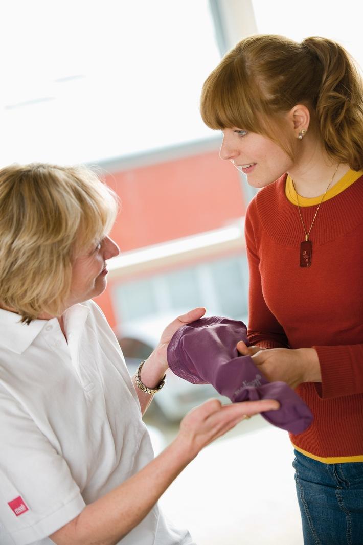 Rötung und Schwellung: Venenentzündung - Kompression hilft (mit Bild)