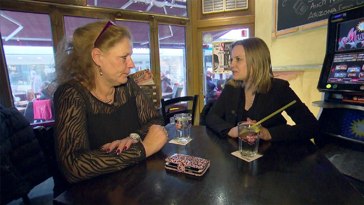 Neuss, die rheinische Stadt der Liebe: Flirten mit Silvia Wollny