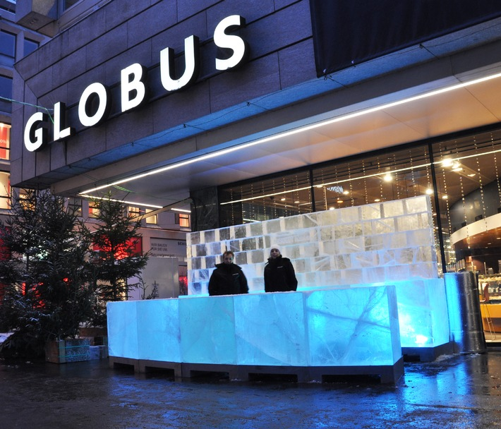 Die ABSOLUT ICEBAR®  beim Globus Zürich Bahnhofstrasse  Pressemitteilung zur sofortigen Veröffentlichung: