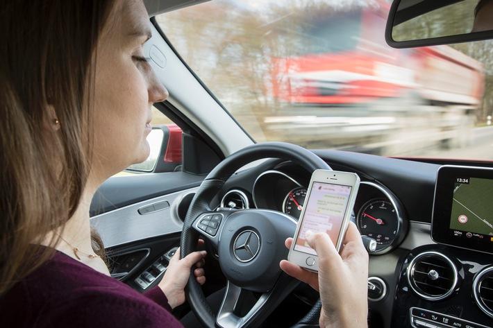 Étude d'Allianz sur la sécurité: la distraction au volant plus dangereuse que l'alcool