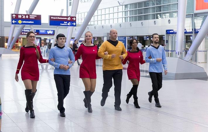 Captain Kirk fliegt jetzt auch Linienflieger! #StarTrek50 #LLAP