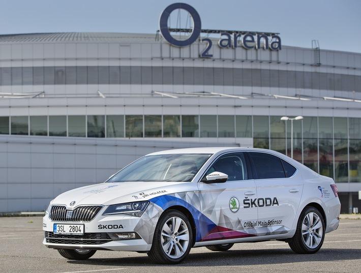 Heimspiel: Der neue SKODA Superb ist automobiles Flaggschiff der IIHF Eishockey-Weltmeisterschaft in Tschechien
