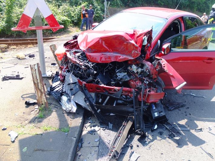 POL-DN: Unfall auf den Gleisen