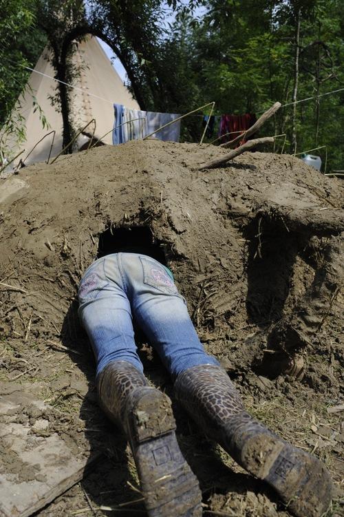 Sommercamps: Experimentieren mit Lehm - die etwas anderen Ferien