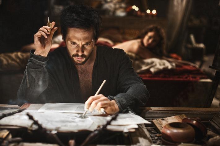 "Fox zieht TV-Premiere von ""Da Vinci's Demons"" vor: David S. Goyers spektakuläre TV-Serie bereits ab 17. April"