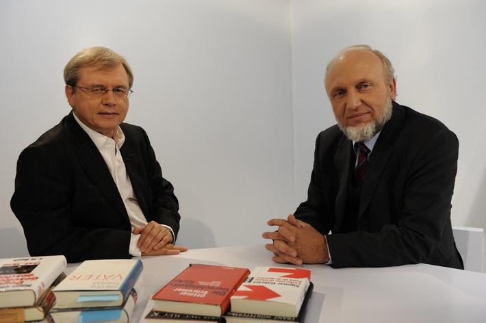 """PHOENIX-Programmhinweis - Erstsendung """"auf den Punkt."""" - Wolfgang Herles präsentiert neue Sachbücher, Sonntag, 12. Oktober 2008, 17.00 Uhr"""