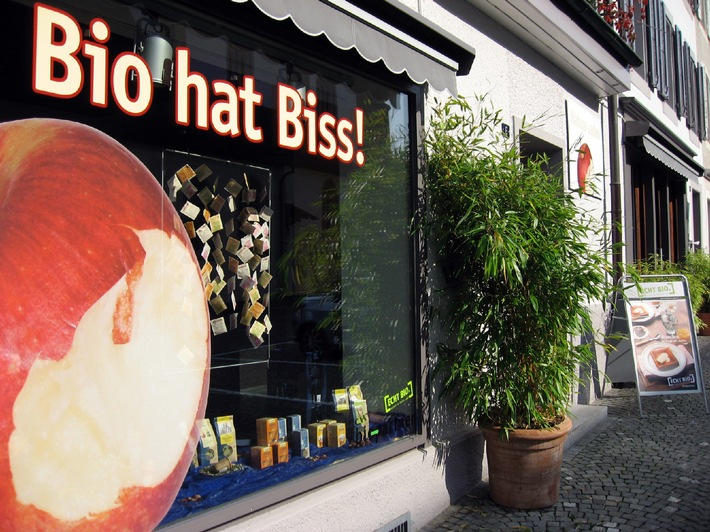 "Portanatura.ch - Hohe Auszeichnung: Bestes ""Bio-Fachgeschäft 2008"""
