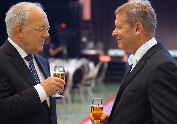 GastroSuisse: 125a Assemblea dei delegati 2016 a Olten / Il presidente della Confederazione ringrazia l'industria alberghiera e della ristorazione e invita al dialogo