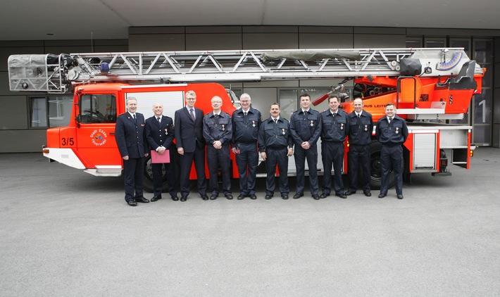 FW-E: Verleihung von Feuerwehr-Ehrenzeichen