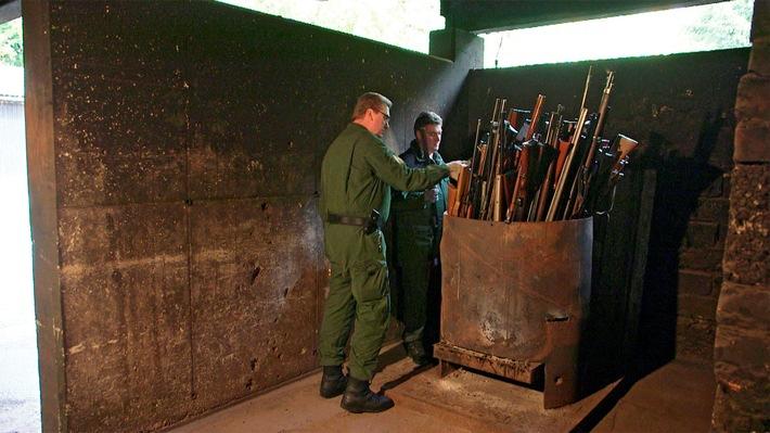 """""""betrifft: Waffen für den Terror - Gefahr für den Südwesten?"""" Investigative Dokumentation, Mittwoch, 3. Februar 2016, 20.15 Uhr, SWR Fernsehen"""
