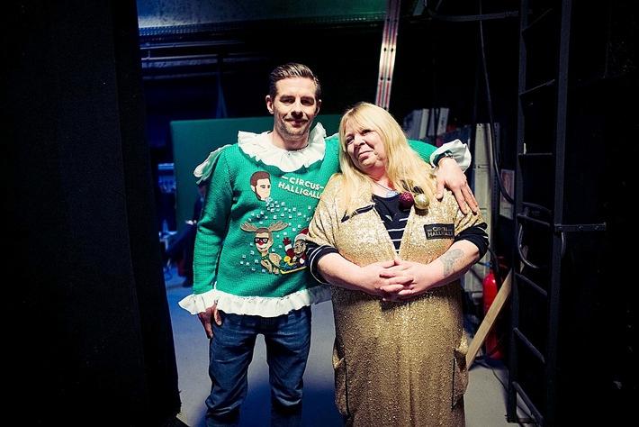 United Charity und Circus HalliGalli versteigern den kuriosesten Weihnachtspullover / Co-Moderator Klaas Heufer-Umlaufs stellt Sweater im Rahmen des Circus HalliGalli Weihnachts-Spezial vor