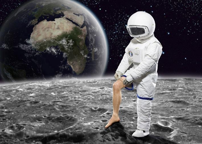 """Was haben Nylonstrümpfe mit der Mondlandung zu tun? ProSieben macht Geschichte spannend - im April 2010 mit """"History Now!"""""""