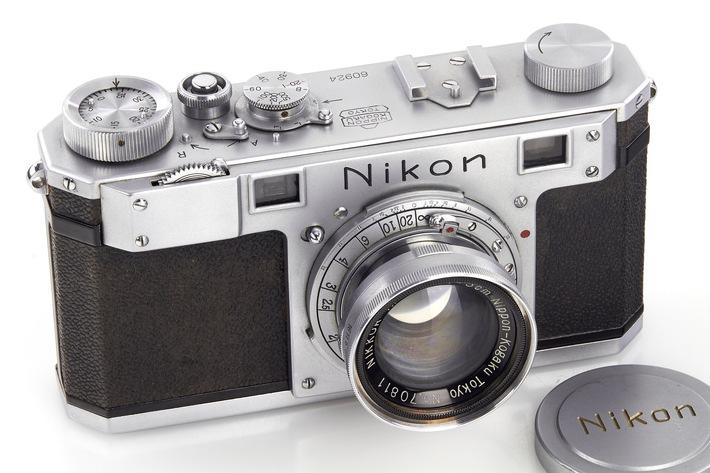 Wien: Weltrekorde bei WestLicht Jubiläumsauktionen, 18. & 19. November 2016 -  384.000 Euro für die früheste Nikon Kamera!