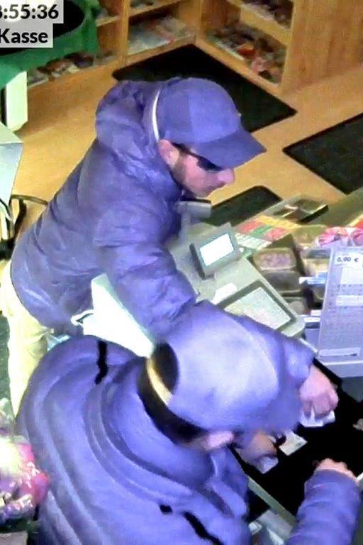 POL-H: Nachtragsmeldung - �ffentlichkeitsfahndung mit Video, Fotos und Phantombild! Unbekannte überfallen Kiosk
