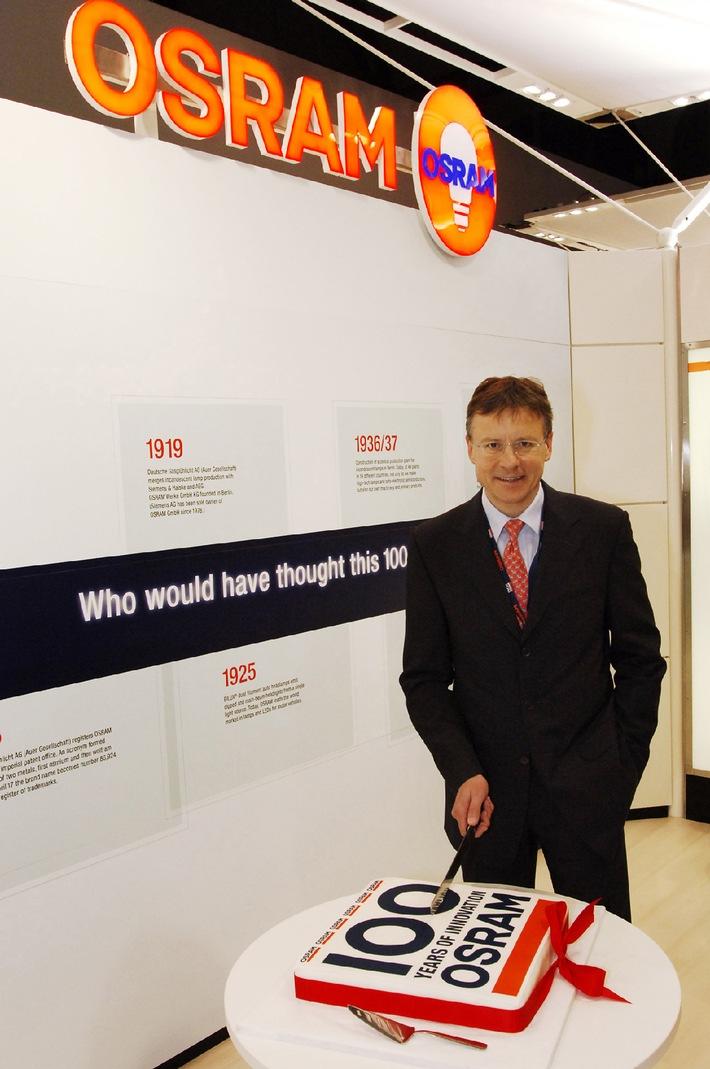 Geburtstag auf der Light + Building 2006: 100 Jahre Marke Osram