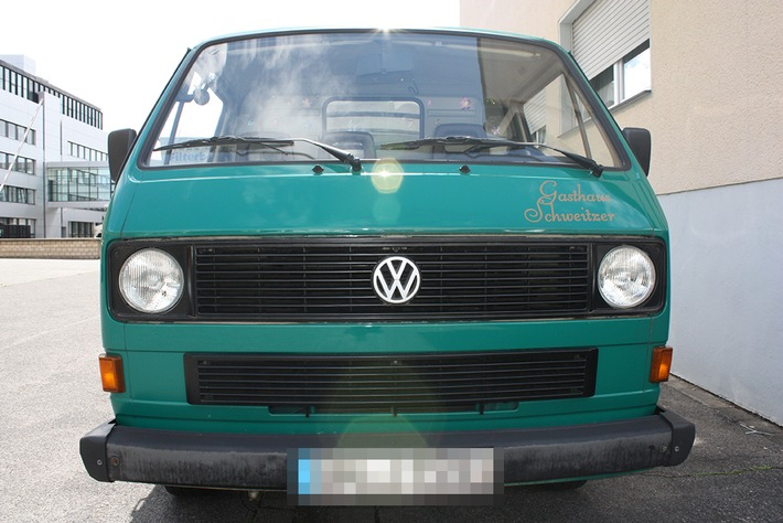 POL-REK: 170620-2: VW Bus von Parkplatz entwendet - Kerpen