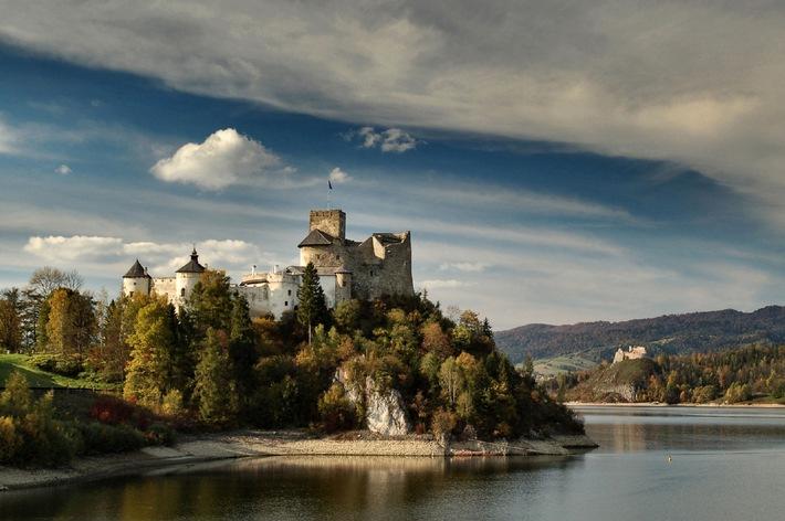 """Großer Online-Fotowettbewerb von CEWE COLOR läuft nur noch 9 Tage / Letzte Gelegenheit: Teilnehmer können bis 31. Dezember 2010 Fotos für  """"Europe is beautiful"""" einreichen"""