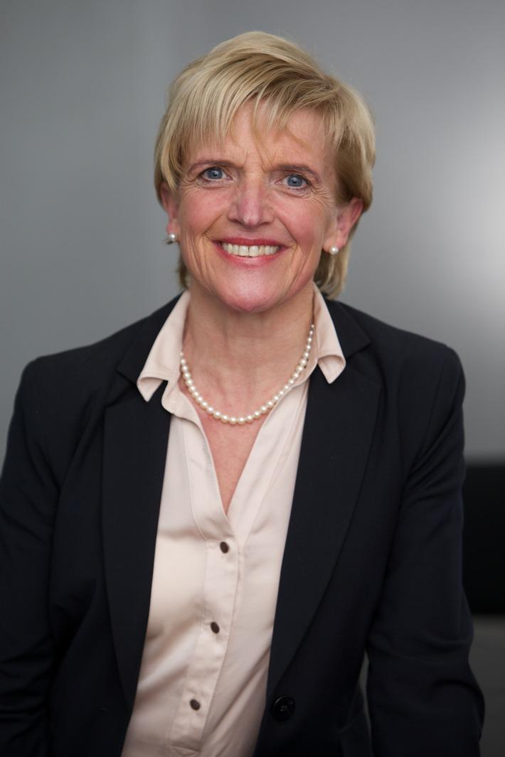 Dr. Beate Mand zum VDE-Vorstandsmitglied bestellt / VDE vollzieht Umbau an der Spitze