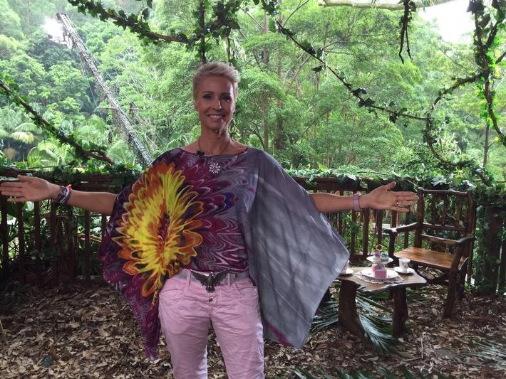 Sonja Zietlow versteigert auf United Charity wieder ihre Dschungel-Outfits / Täglich Auktionen direkt aus dem Dschungelcamp / Erlöse gehen zugunsten von Beschützerinstinkte e.V.